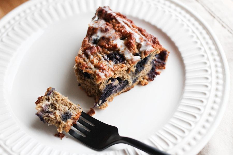 Banana Blueberry Sour Cream Cake Recipe